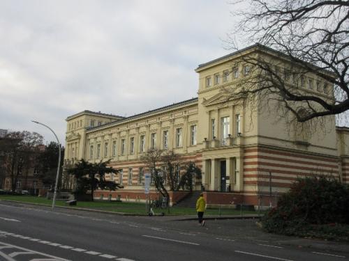 Institut für Mikrobiologie und Geographhie